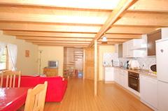 Haus 39 Hagaby Ökohaus 2, Küche mit Wohnbereich